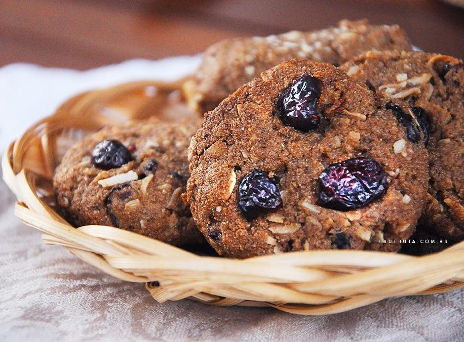 Cookies Integrais - Saudáveis, crocantes, irresistíveis e veganos! | Receita | Pati Bianco | Fru-fruta