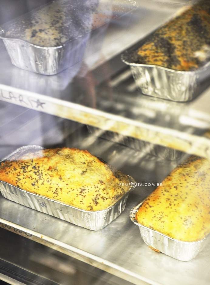 Pão Sem Glúten com Multigrãos e Tomilho - Fofinho, saudável e delicioso! | Receita | Fru-fruta