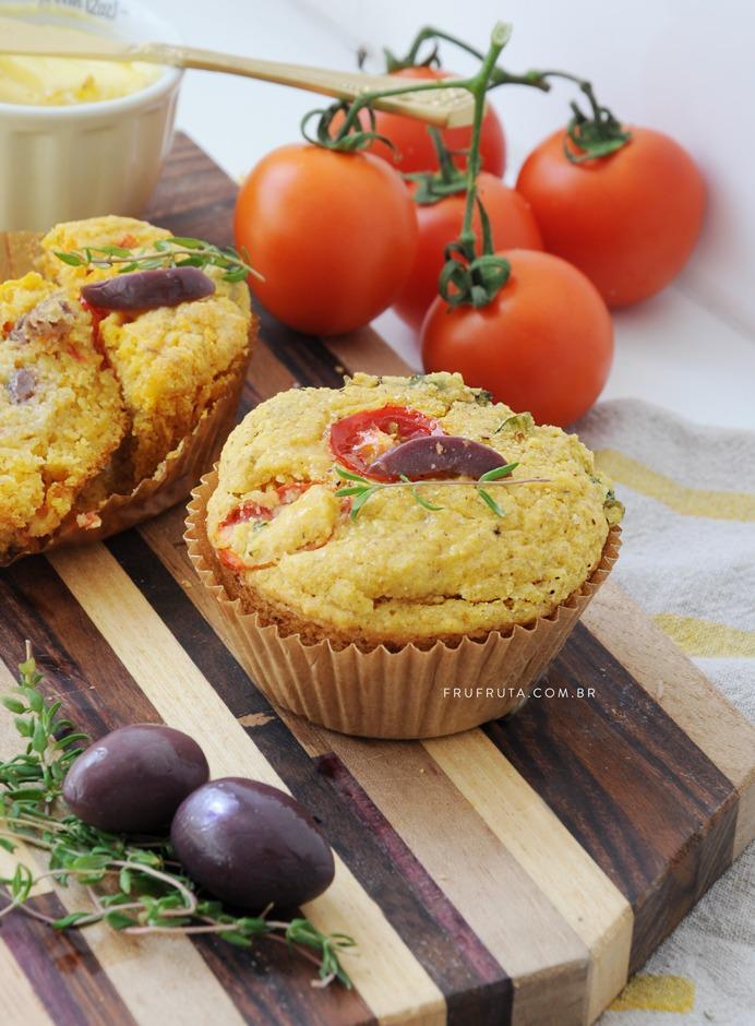 Muffin Salgado de Tomate com Azeitona Saudável - Sem Glúten, Sem Lactose, Vegano