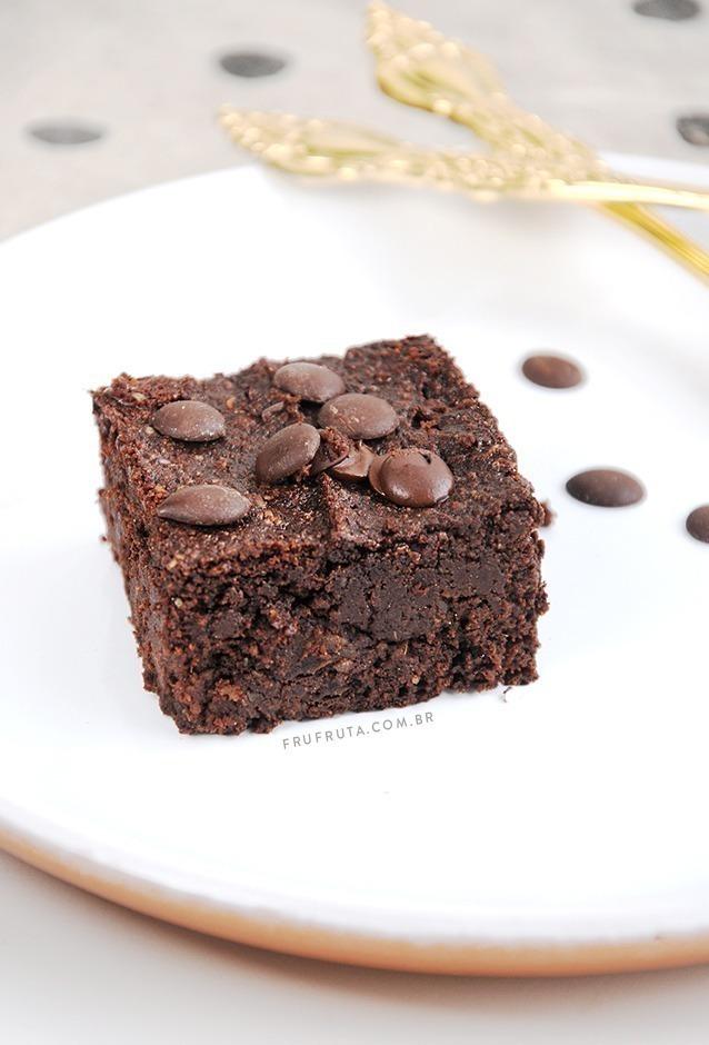 Brownie super-macio sem açúcar - úmido, intenso e delicioso! | Receita | Pati Bianco | Fru-fruta